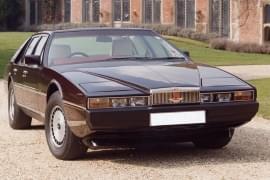 Aston Martin Lagona von vorn