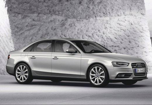 Audi A4 Avant silber