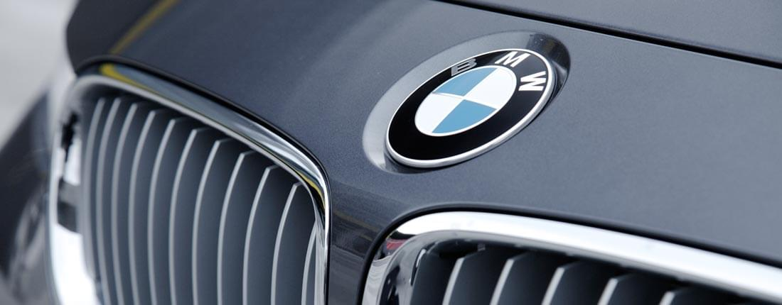 BMW schwarz-matt