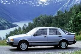 Saab 9000 mit Turbo von der Seite