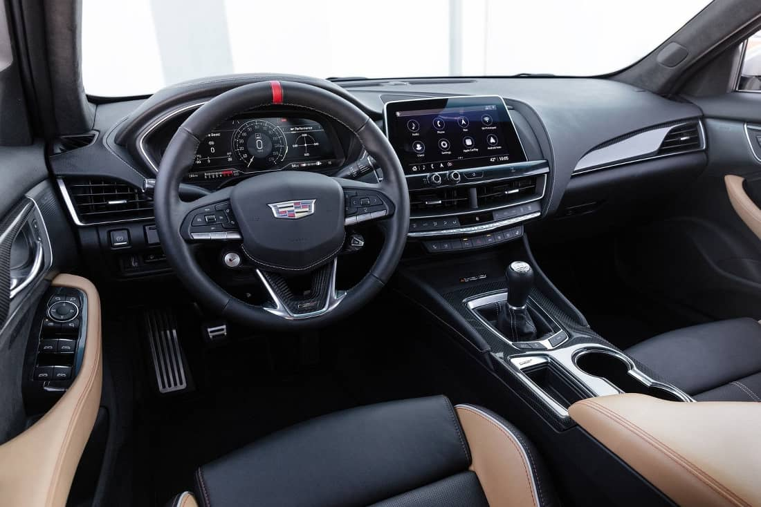 Cadillac-CT4-CT5-Blackwing-Interieur1